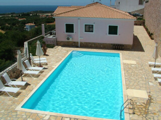 Sarantos-Pool-Suites-Swimming-Pool