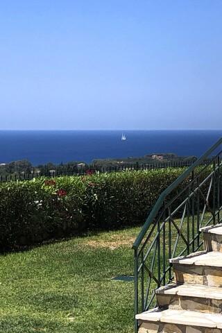 gallery sarantos pool suites sea