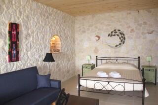garden suite 3 pax sarantos cozy room