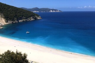 kefalonia sarantos pool suites myrtos beach